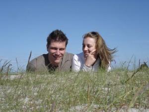 Annika und Ben am Strand